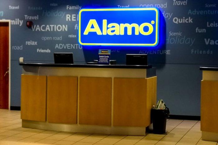 Alamo car rental desk