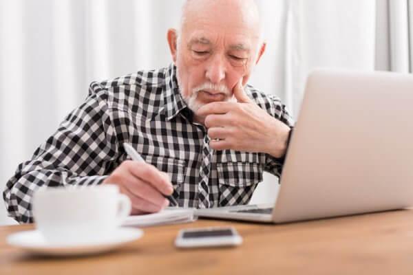 Free Online Classes for Seniors (College Courses, Hobbies, etc)