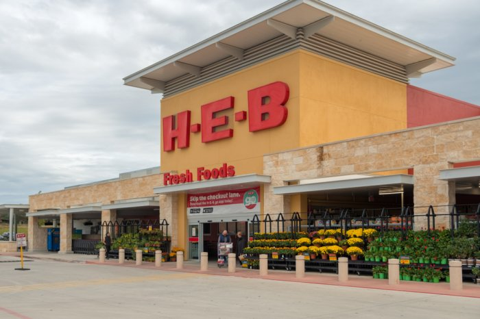 Front entrance of an H-E-B store