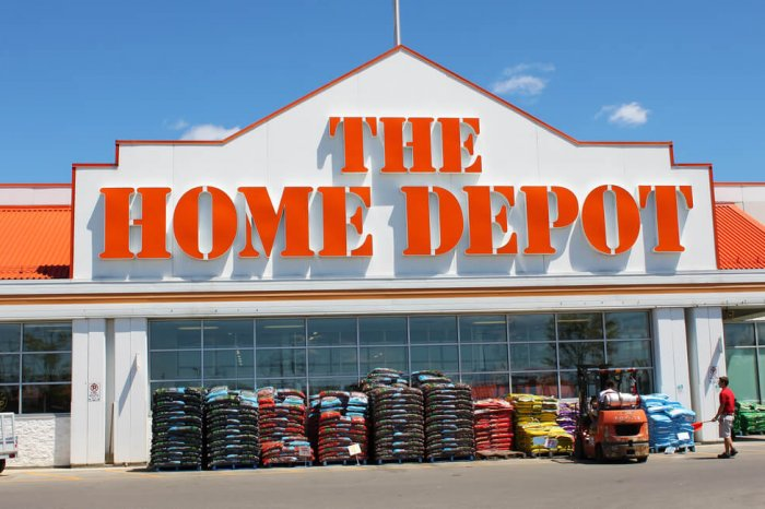 The Home Depot storefront