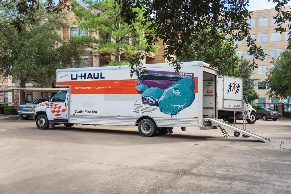 U Haul Moving Truck >> Long Distance Moving Truck Rental The 9 Companies To Choose