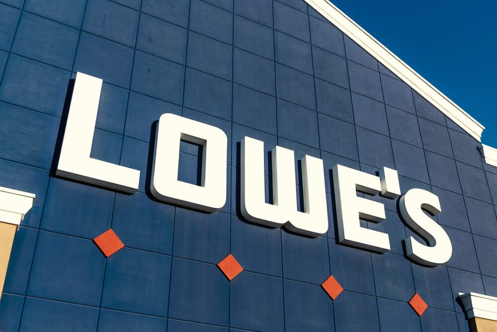 Sign on the exterior of a Lowe's store
