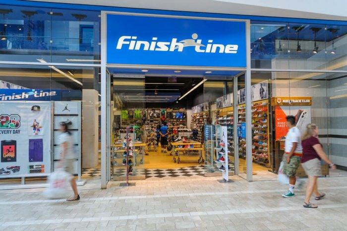 Finish Line storefront