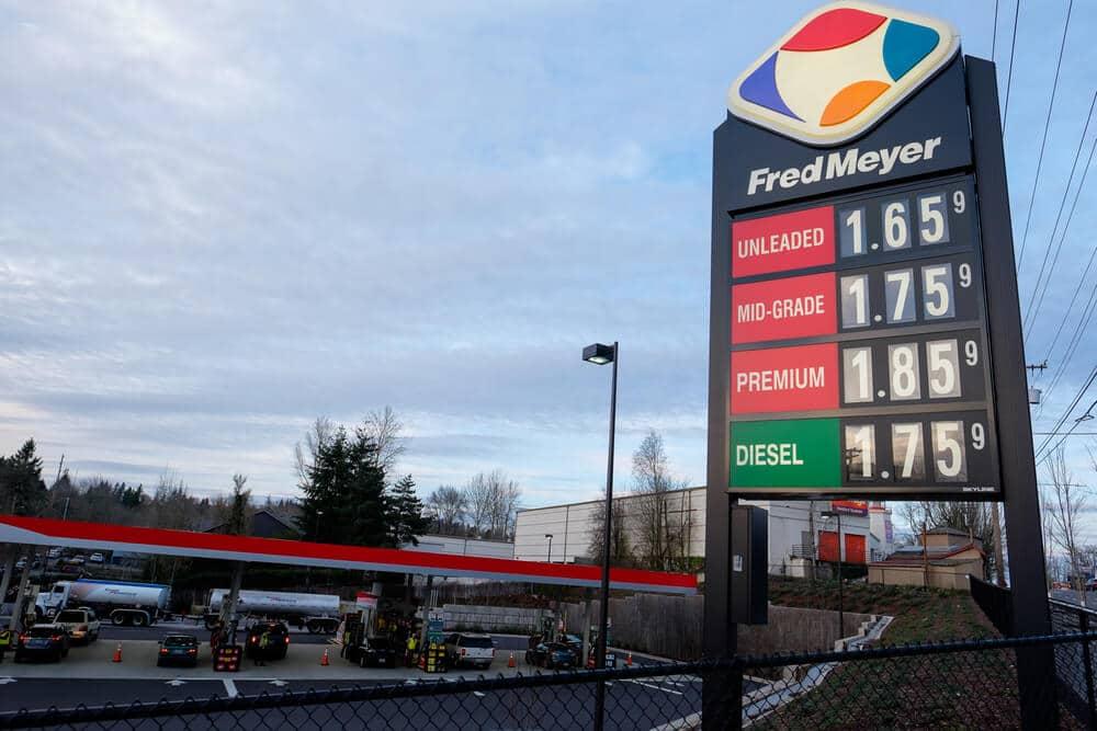 fred meyer gas station sign